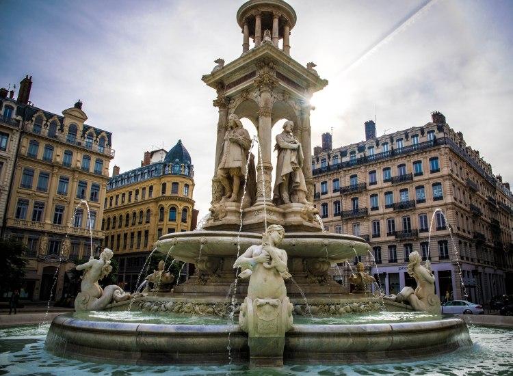 Lyon & Geneva 0013 - 20151025