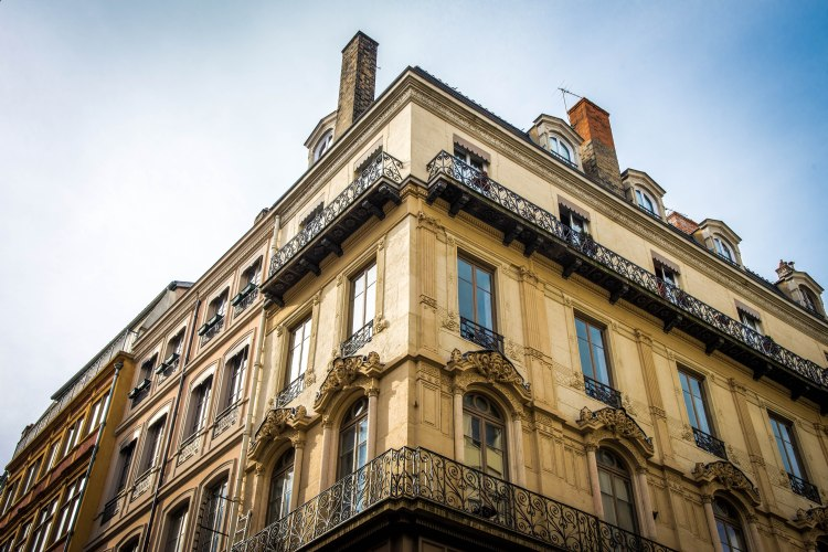 Lyon & Geneva 0022 - 20151025