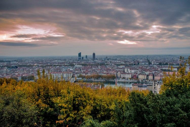 Lyon & Geneva 0103 - 20151025